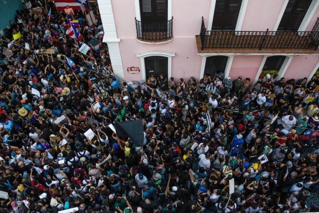 Con el paso de los días, el número de manifestantes que piden la dimisión de Rosselló ha aumentado en Puerto Rico.
